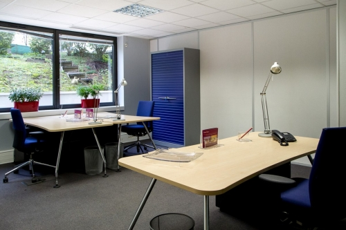 Fully equipped 3 work spaces Boulogne business center